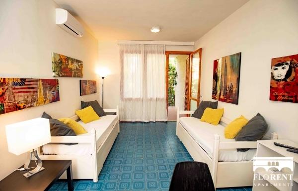 Costa degli Ulivi Seafront Apartment
