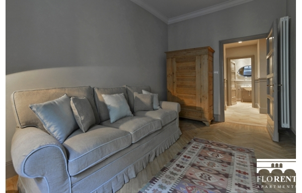 Luxury Apartment on Ponte Vecchio relax room