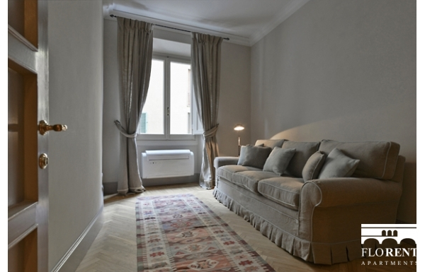 Luxury Apartment on Ponte Vecchio relax room 2