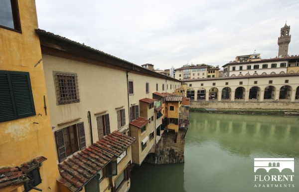 Luxury Apartment on Ponte Vecchio view Ponte Vecchio