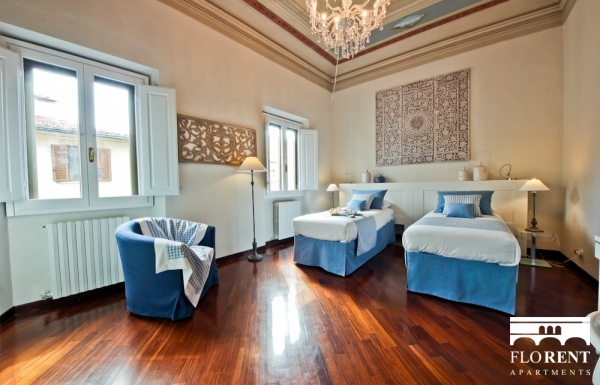 Luxury Apartment in Florence second bedroom
