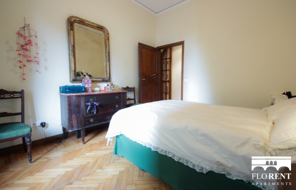 Luxury Suite on Ponte Vecchio bedroom 2