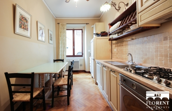 Luxury Suite on Ponte Vecchio kitchen 2