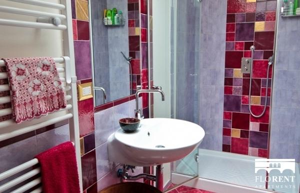 Suite in Beccaria second bathroom