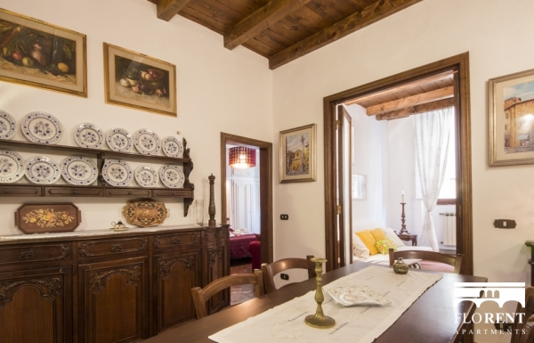 Burella Apartment dining room 3