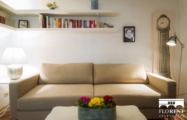 Santo Spirito Suite living room 2