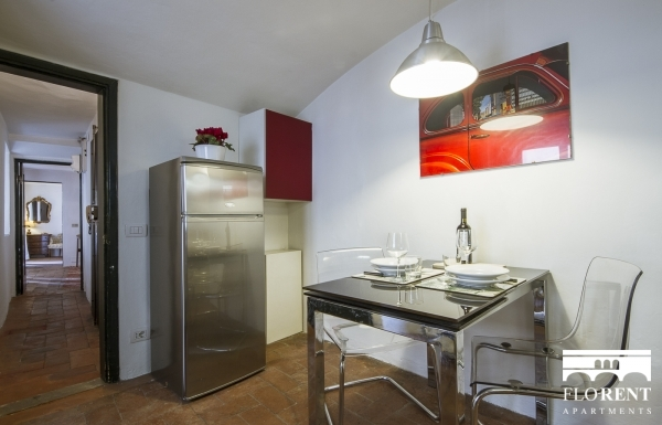 Santo Spirito Suite dining room 3