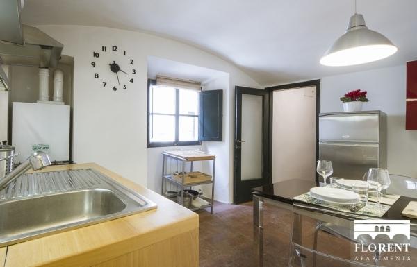 Santo Spirito Suite dining room