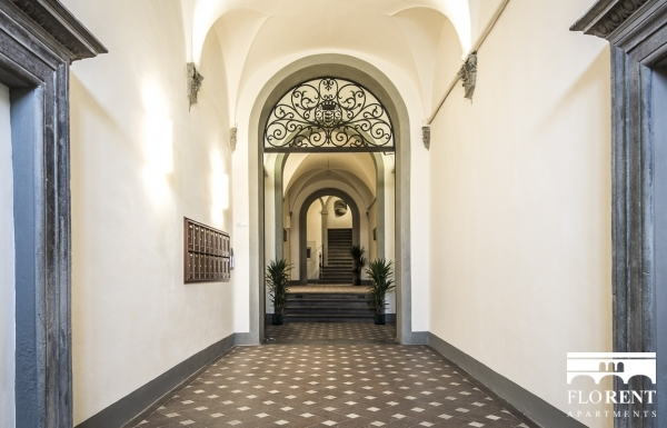 Suite Guicciardini entrance 2