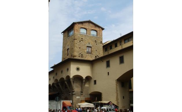 vasari-corridor-torre-mannelli-florent