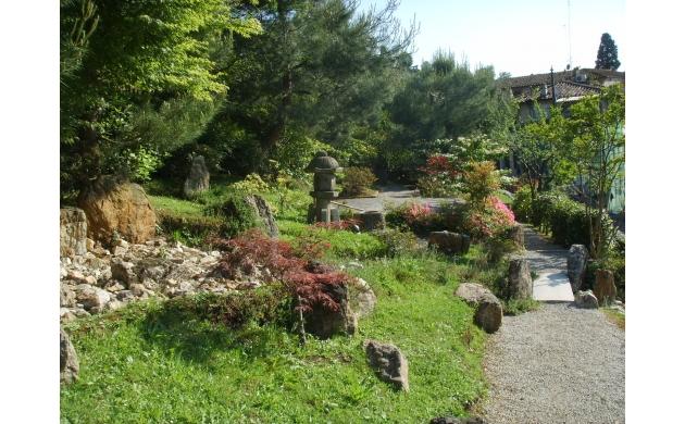 rose-garden-of-florence-shorai