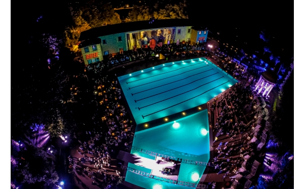 swimming-pool-florence-pavoniere-night-2