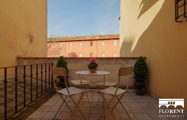 Elegant apartment in San Niccolò with terrace
