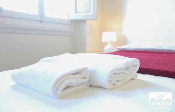 Santo Spirito 3 Bedrooms Apartment