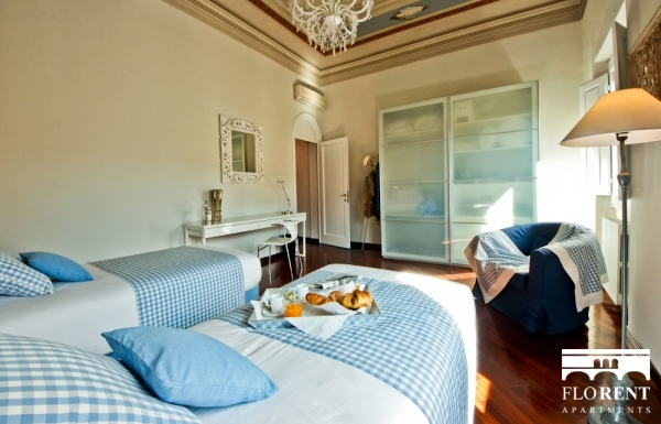 Luxury Apartment in Florence second bedroom 4