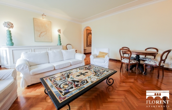 Luxury Suite on Ponte Vecchio living room and dining room