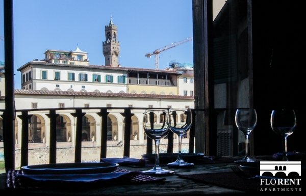 Luxury Flat over Ponte Vecchio view