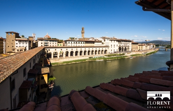Suite Skyline in Florence view Ponte Vecchio