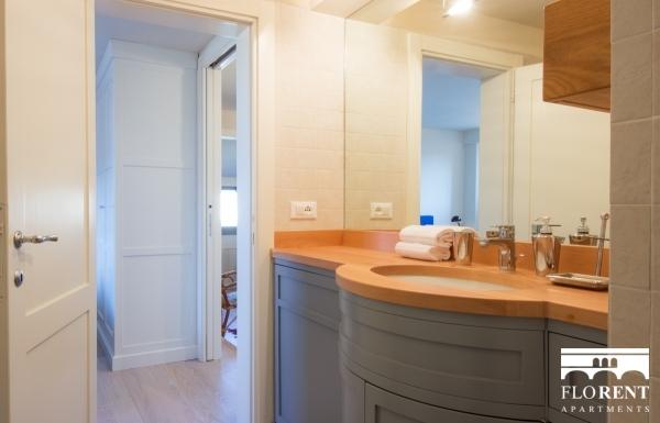 Suite Skyline in Florence bathroom 2