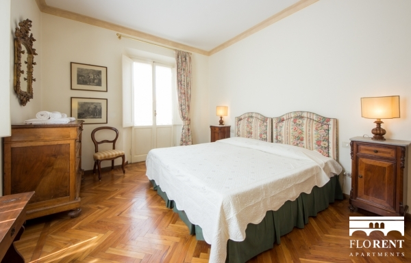 Accommodation on Ponte Vecchio second bedroom