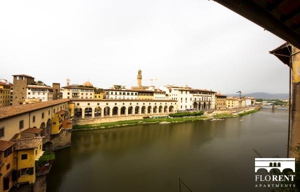 Accommodation on Ponte Vecchio view Ponte Vecchio 3