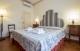 Accommodation on Ponte Vecchio bedroom