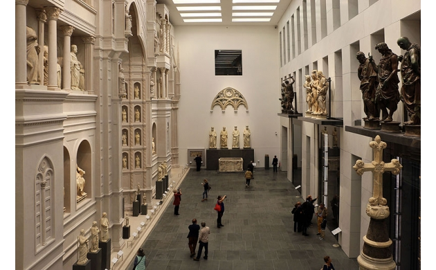 attractions-opera-del-duomo-museum-facade-arnolfo-2
