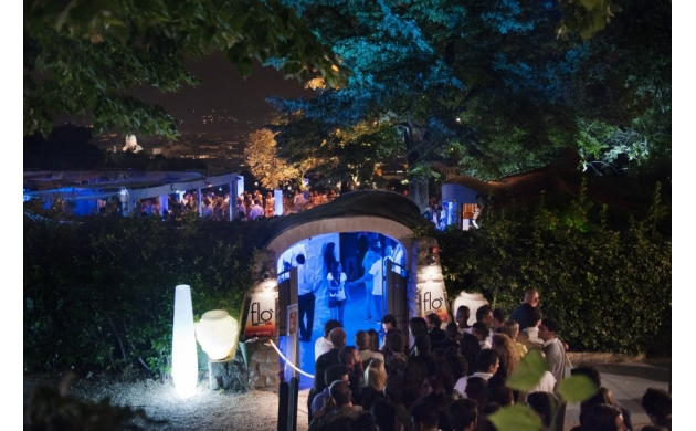 best-place-party-during-summer-in-florence-entrance