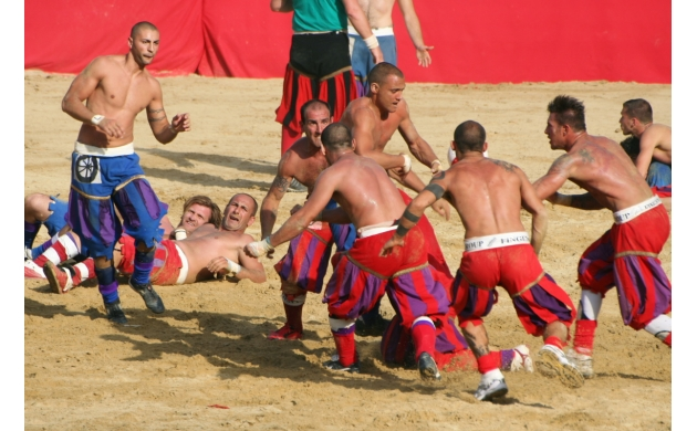 calcio-storico-history-florentine-football-3