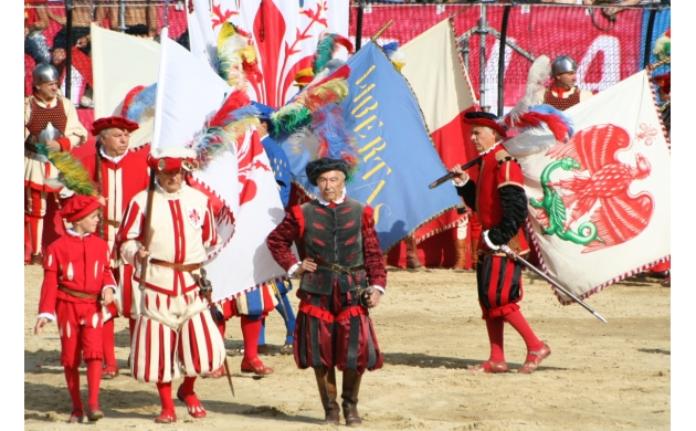 calcio-storico-history-florentine-football-parata