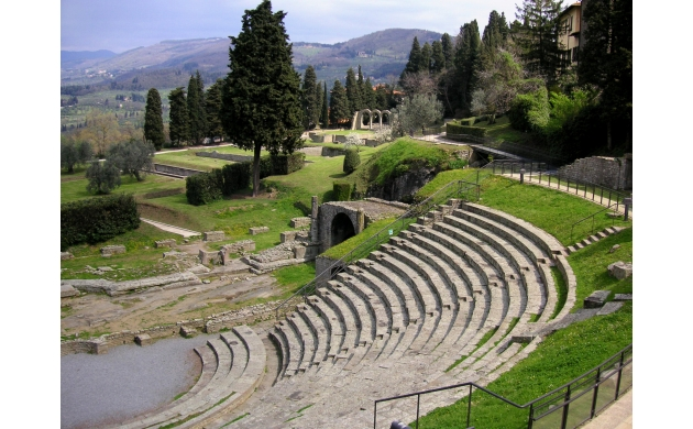 fiesole-etruscan-town-hill-theater