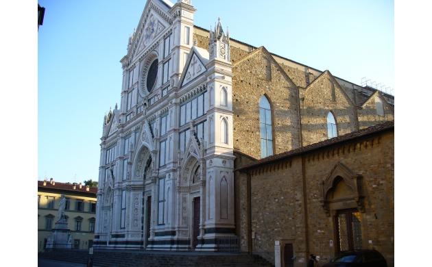 marvelous-square-piazza-santa-croce