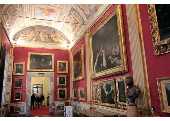 palatine-gallery-royal-apartments-2