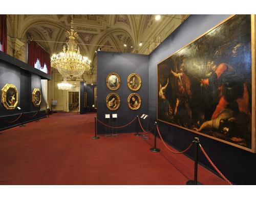 palatine-gallery-royal-apartments-3